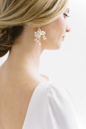 Chandelier earrings, floral earrings, bridal earrings