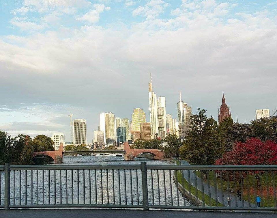 Enjoying a river cruise. The best things to do in Frankfurt. Read more on www.allaboutrosalilla.com