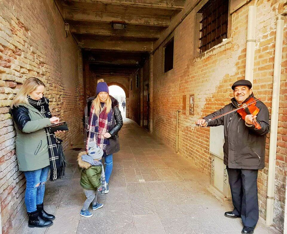 Violin player in Venice