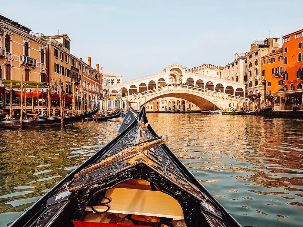 View of the Rialto Bridge in Venice