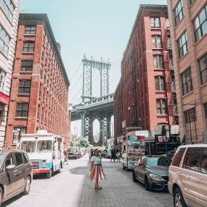 The most instagrammable places in New York. Dumbo Brooklyn New York.