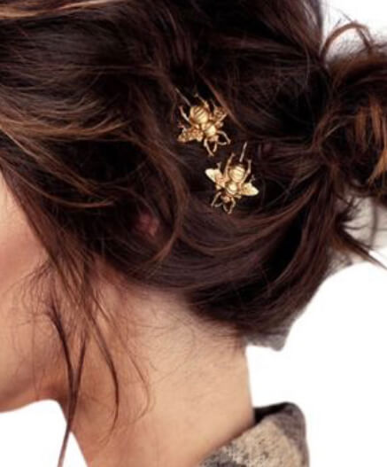 Bee Hair Clip. Ten of the best hair accessories online. Read more on www.allaboutrosalilla.com