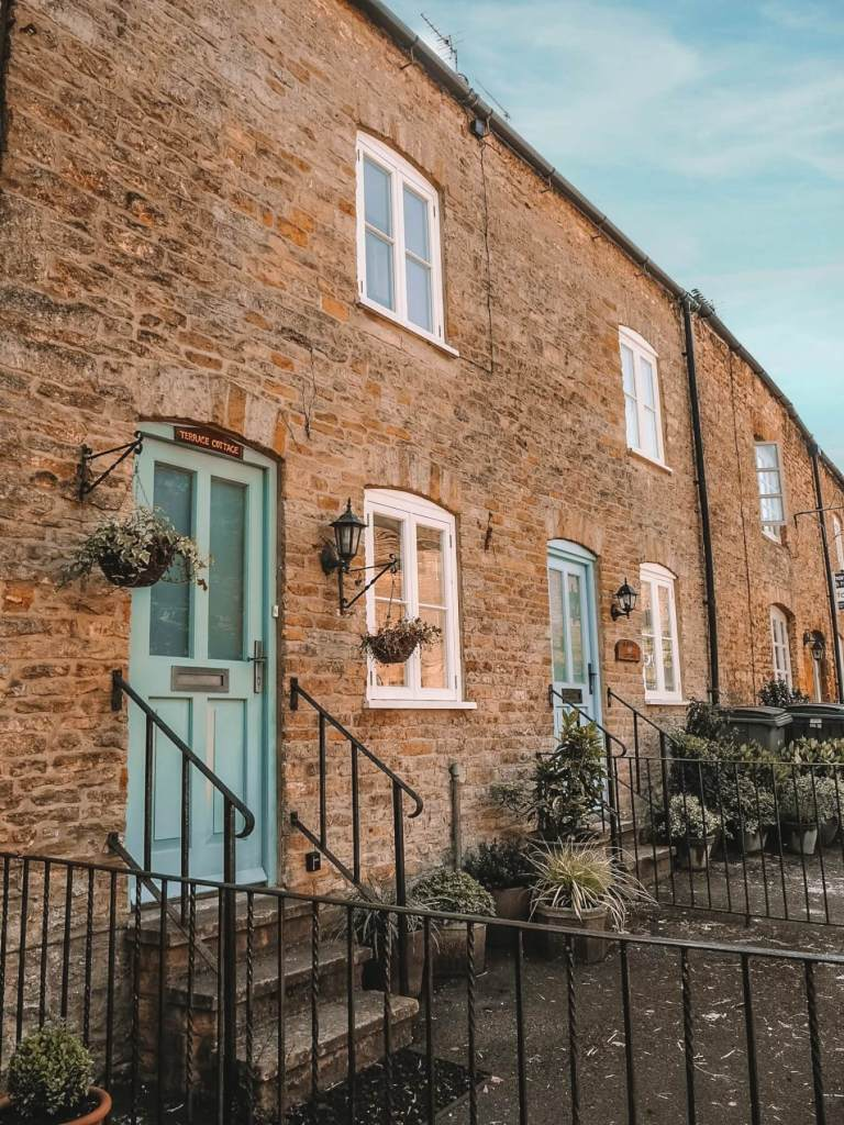 English Country cottages in the Cotswolds