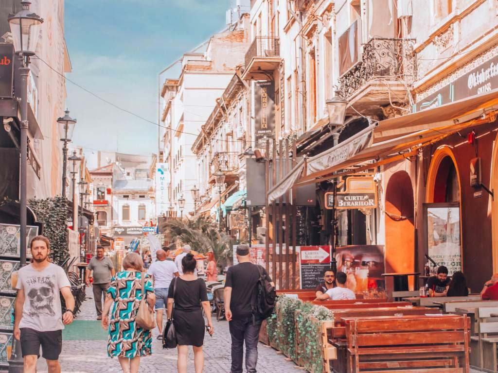 Bars and restaurants in Bucharest Romania. Read more on www.allaboutrosalilla.com