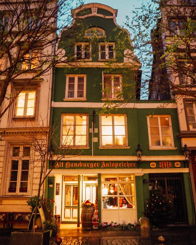 Old green building at Deichstraße Hamburg