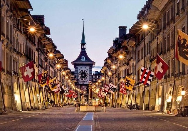Bern Capital City Small Group Tour