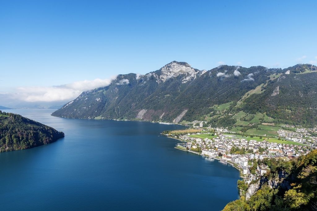Best lakes in switzerland - Lake Lucerne