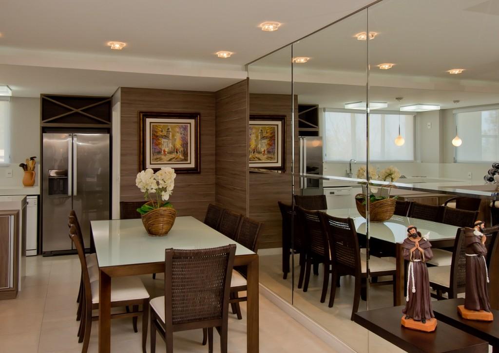 Espelho grande de sala de jantar id ias for Sala grande