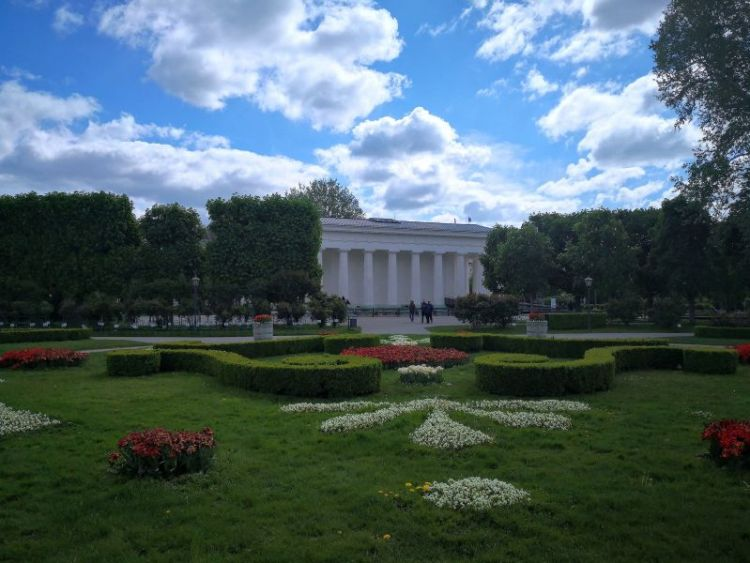 Volksgarten - Theseus Temple