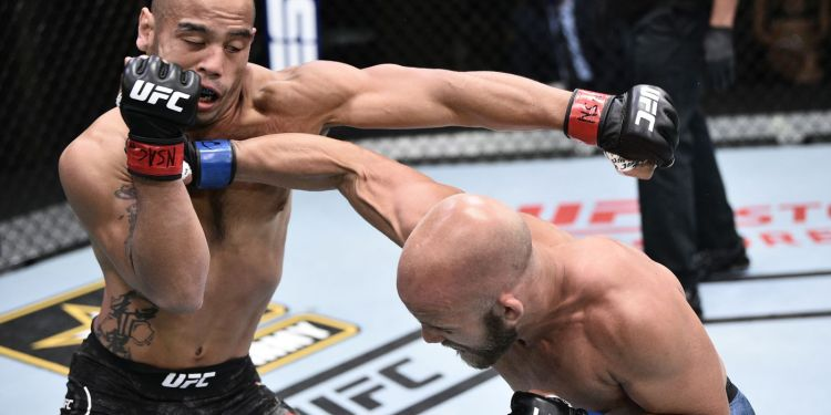 Jaynes hits Camacho in his UFC Debut at the APEX. Courtesy: Getty images. zuffa llc.