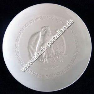 Presentation Yule Plate 1943