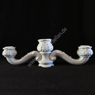 23 Candelabra with vase and 2 candle holders