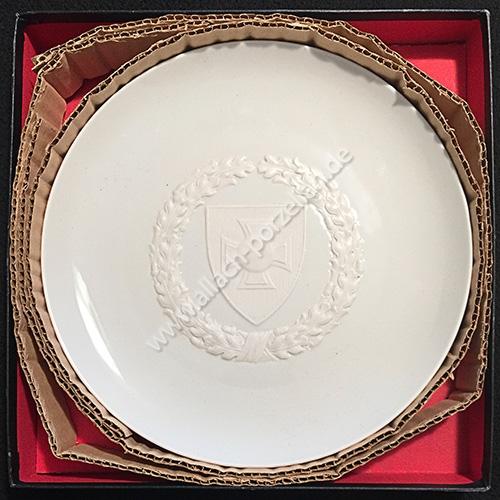 Reichskriegerbund plate in original presentation box