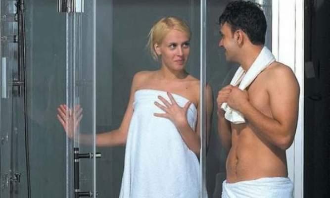 فوائد استحمام الزوج والزوجة معا
