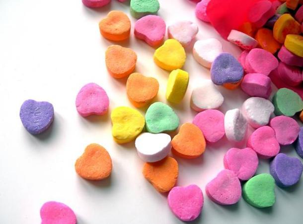 48f1e3da_colourful-candy-love-hearts1