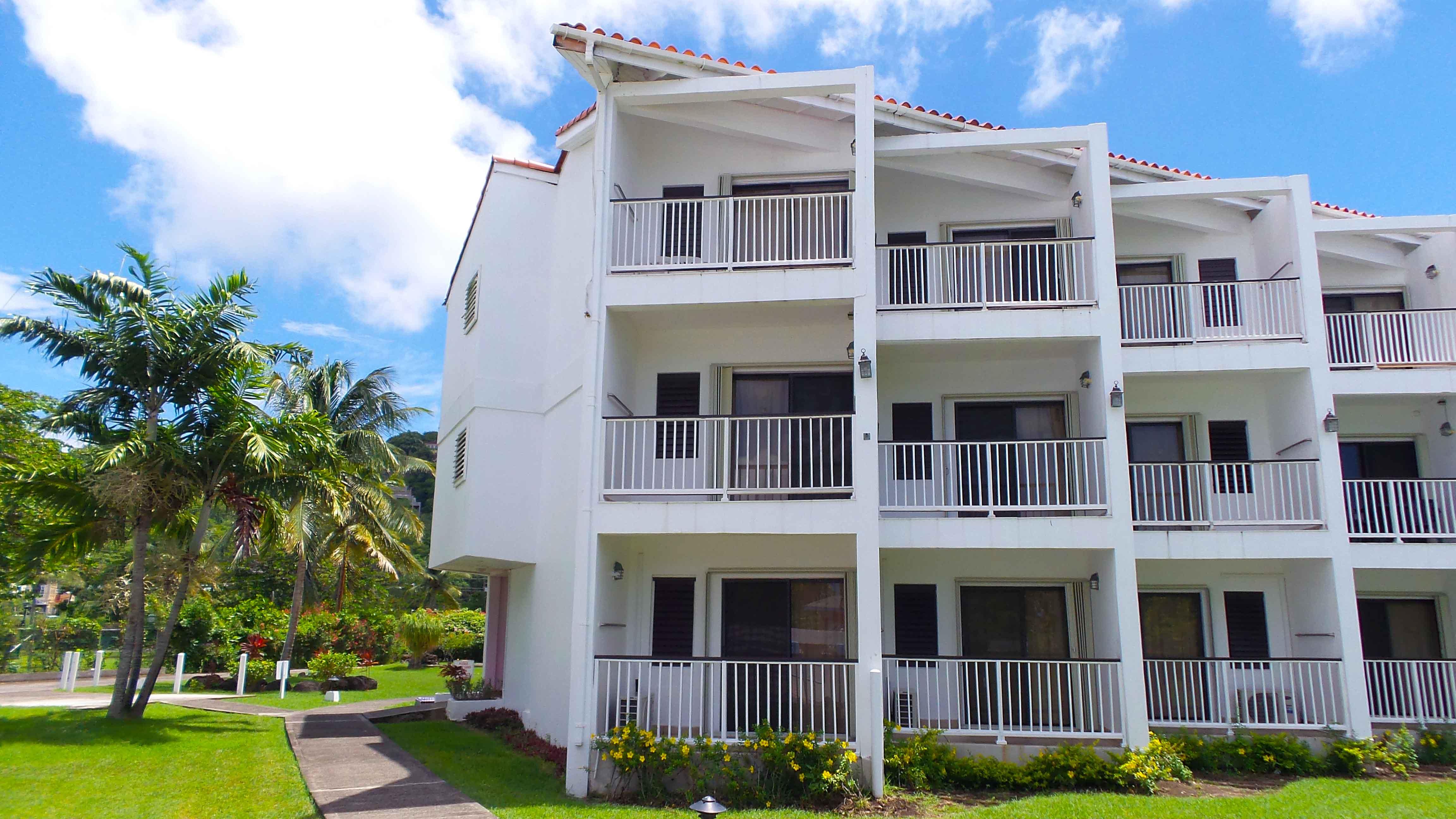 3b554fffc2df Ocean-View-Building-Exterior - Allamanda Beach Resort