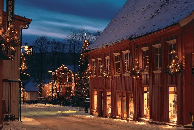 Santa   allandaboutqa