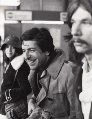 Leonard Cohen and sound engineer Rick Rowe