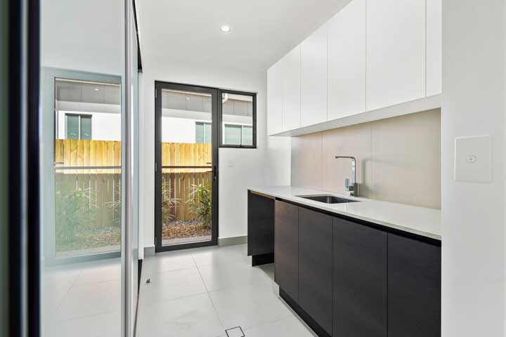 31-Stanely-Drive-Cannonvale-laundry
