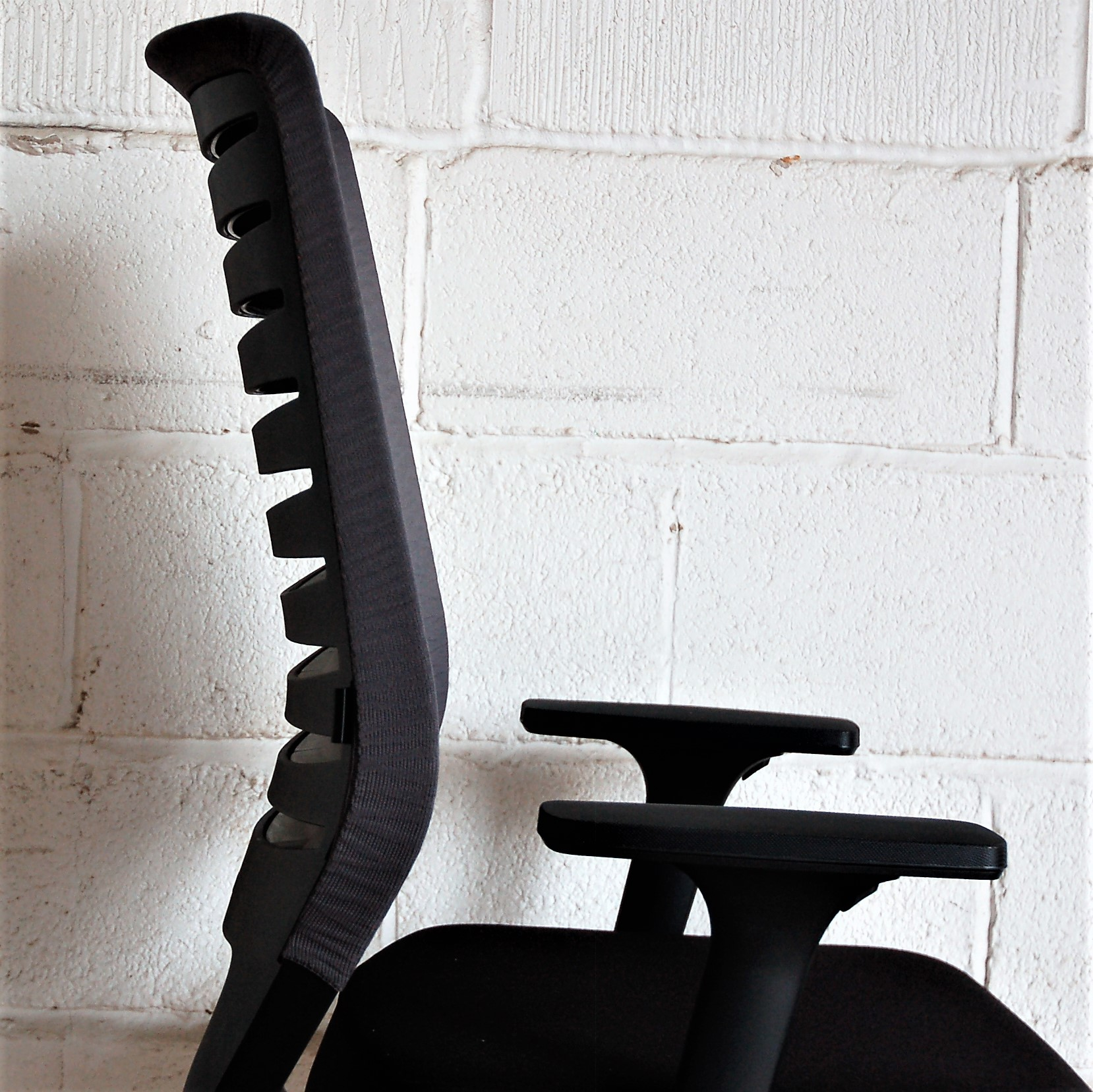 Dauphin Chairs Dauphin X Code Task Chair 2119e Allard Office Furniture