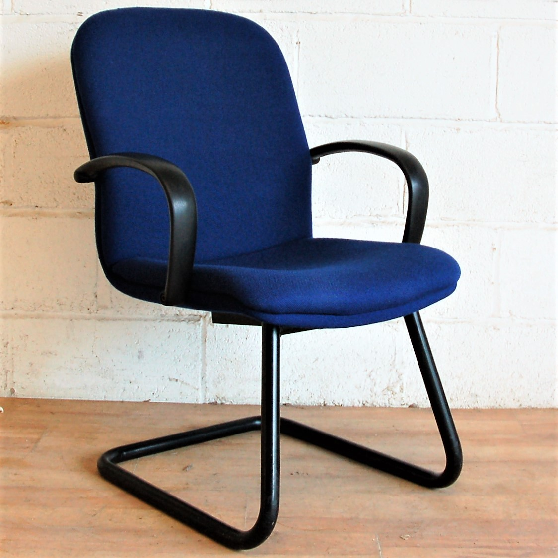 Blue Meeting Room Chairs 1090  Used Meeting Room Chairs