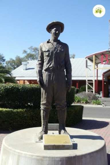 Roma Big Rig Miners Monument