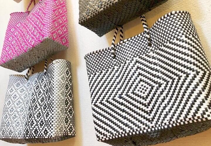 メルカドバッグのSサイズ(金、黒、白、ピンク、シルバーなど)