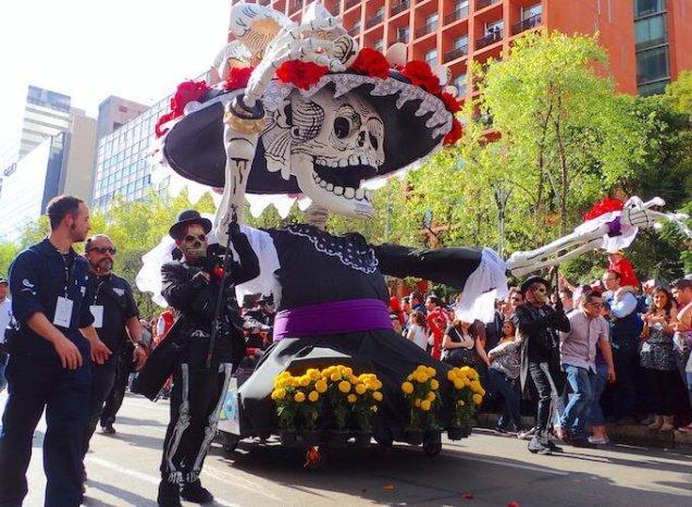 メキシコシティの死者の日パレード7