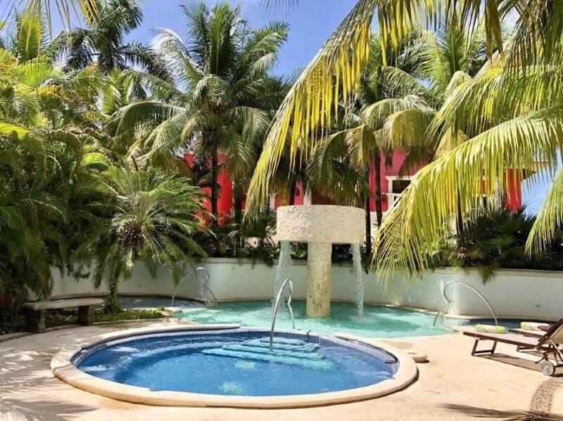 カンクンのホテル(ハイアットジラーラHyatt Zilala)プール