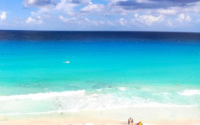 ハイアットジラーラの前のビーチ(カンクンの海)