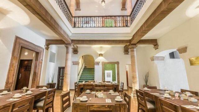 オテル カサ ヴィレイエスのレストラン