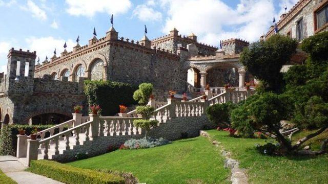 カスティロ デ サンタ セシリアお城