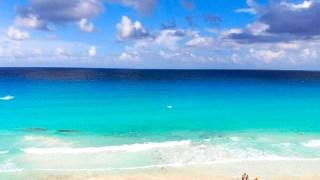 ハイアットジラーラの前のビーチ