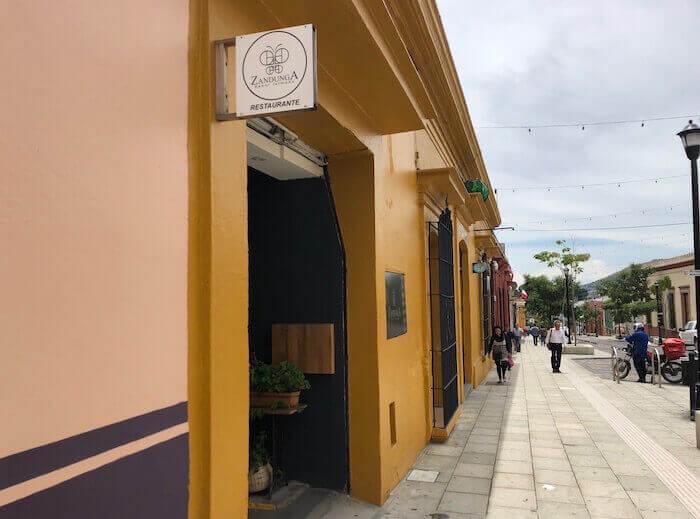 オアハカ・イスモ料理のおすすめレストラン(サンドゥンガ)外見