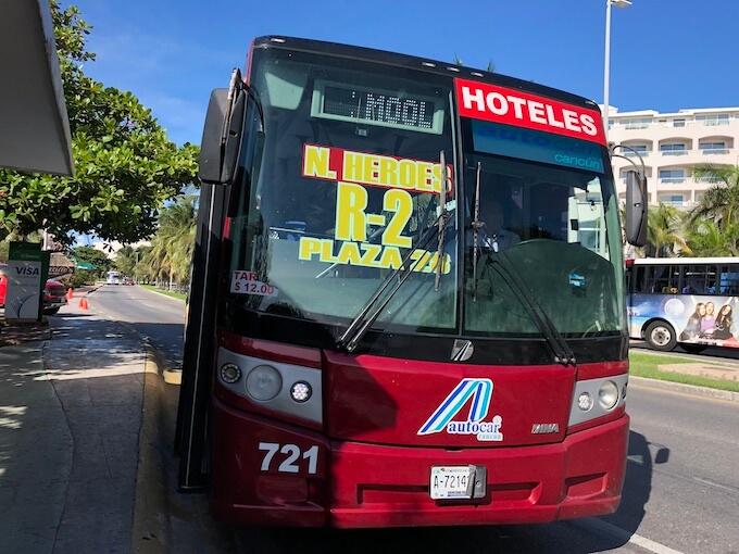 カンクンのホテルゾーンのバス(R1 R2)の乗り方2
