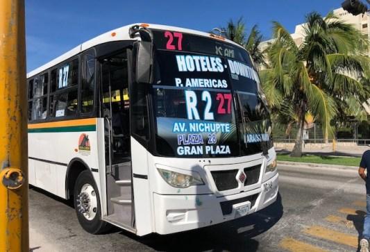 カンクンのホテルゾーンのバス(R1 R2)の乗り方5