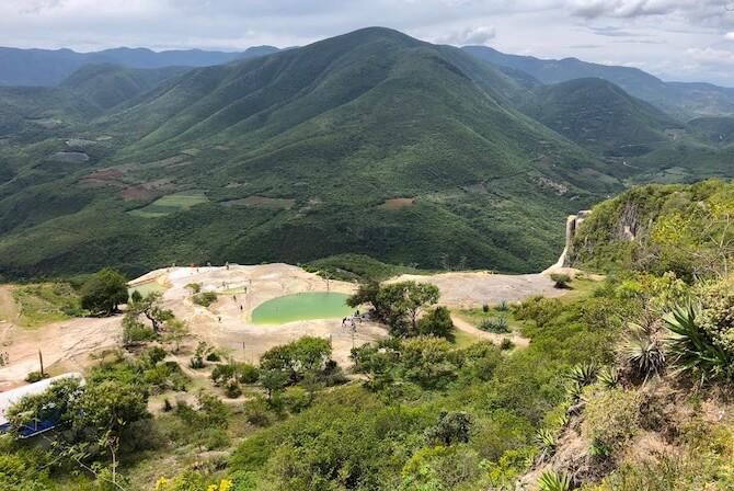 イエルベエルアグアの天然石灰プール1
