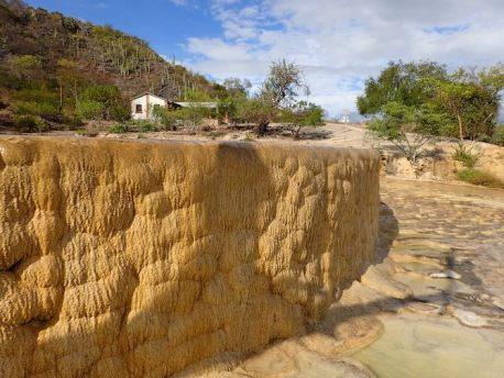 イエルベエルアグアの天然石灰プール11