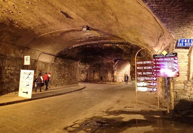 グアナファトの地下道