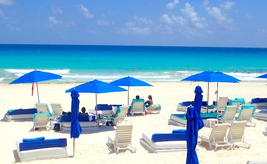 プラヤデルカルメンのビーチサイド2