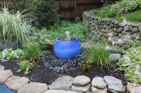 Landscaping Around Water Fountains | Backyard Design Ideas
