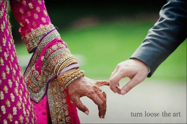 Beautiful Islamic Girl Hd Wallpapers Bride Amp Groom Holding Hands All Beautiful Brides