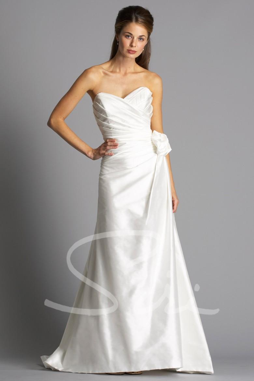 Siri Alternative Bridal Gowns at All Brides Beautiful
