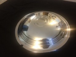 1939-40-LaSalle-hubcaps-16-inch-1