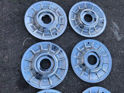 57 hubcaps without medallions 150