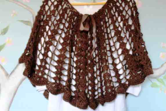 Crochet brown capelet / wrap