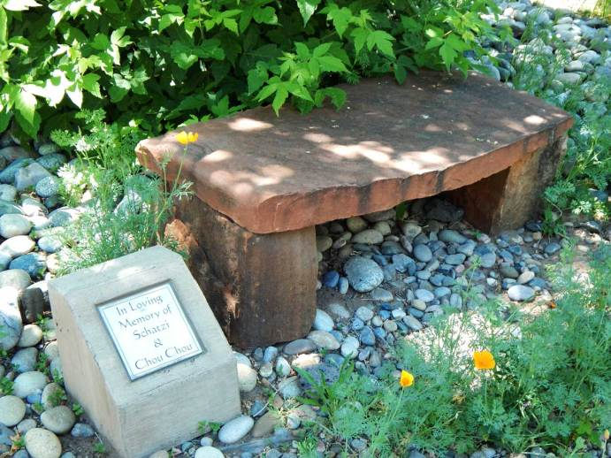 all-creatures-memorial-park-bench-tile