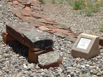 all-creatures-memorial-park-memorial-bench