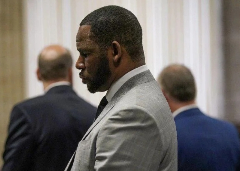 R. KELLY PLEADS NOT GUILTY TO A NEW ROUND OF FELONIES