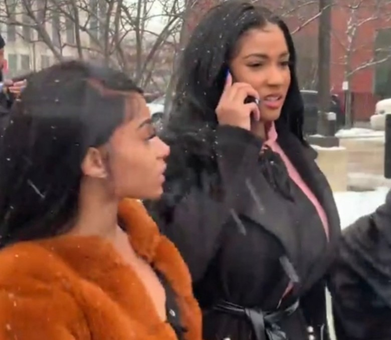 JOYCELYN SAVAGE'S FAMILY BEGS HER TO WATCH R. KELLY DOCUMENTARY